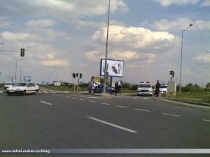 Daewoo Tico accidentat la ieşirea de pe autostrada soarelui