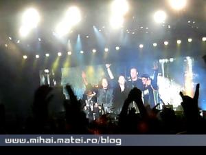 Ecran cât scena pentru Metallica
